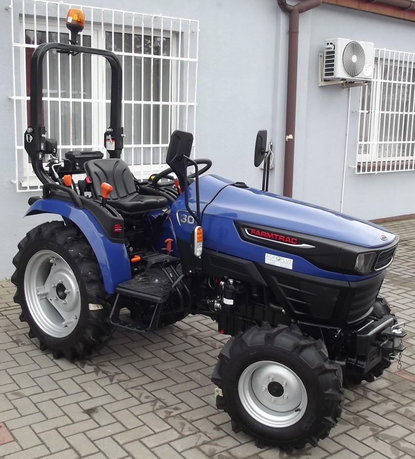 Farmtrac 30 4WD